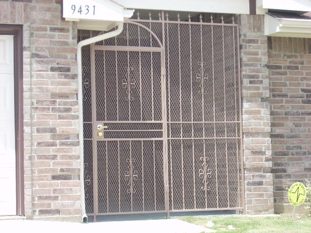 security iron gate and fencing